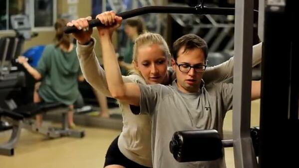 Странниците от фитнес залите и техните непонятни постъпки в GIF-чета