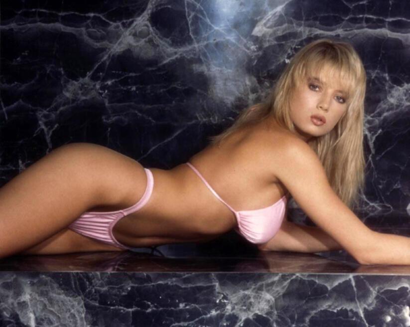 Попку ранние порно ролики с трейси лордс гимнастки порно