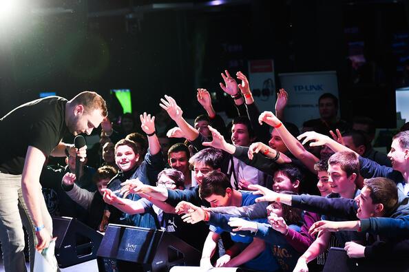 Александър Ананиев за Let's Play и защо са важни електронните спортове