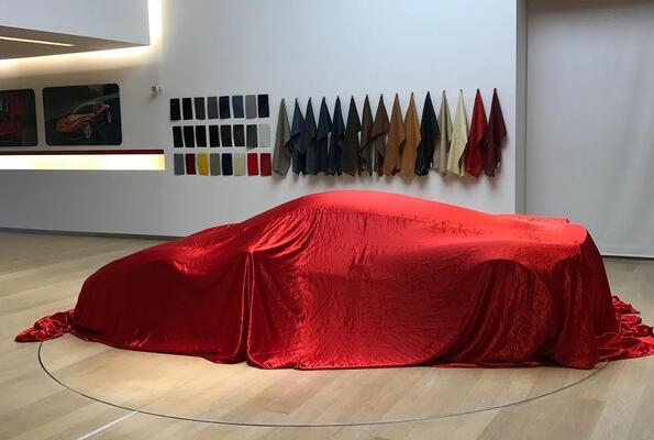 Най-новото Ferarri: V12 на купето 458 Italia