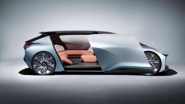 Революция: Безпилотен автомобил със спалня и диванчета!