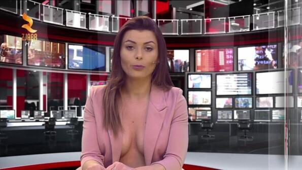 В Албания водещите, които казват новините, са без сутиен!