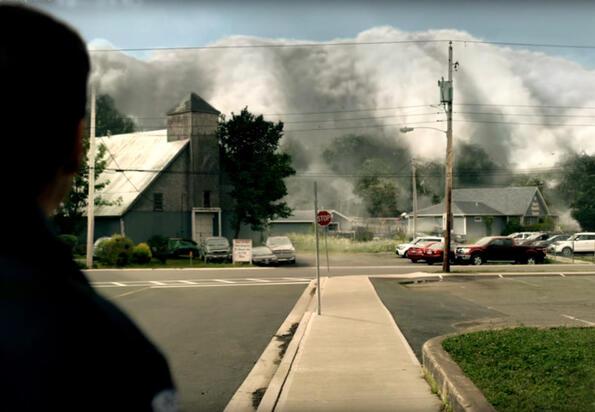 """Травмиращият трейлър на сериала """"Мъглата"""" по Стивън Кинг!"""