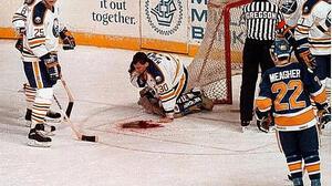 Най-свирепите и кървави травми в спорта!