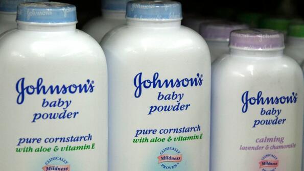 Американка осъди Johnson & Johnson, защото се раболяла от рак!