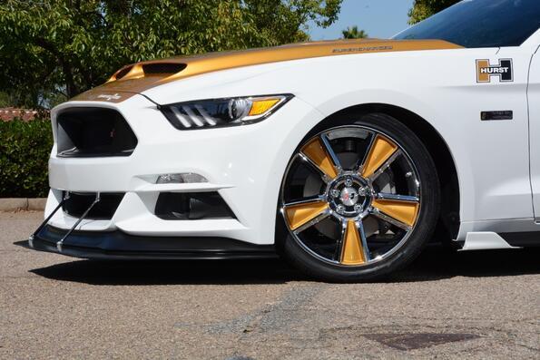 Ford подготвя Mustang с умопомрачителна мощност!