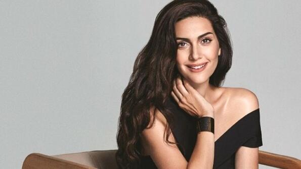 <p>В Турция се проведе гласувано, според което бяха обявени най-красивите актриси в страната. Ето кои са те:</p> <p>Бергюзар Корел</p>
