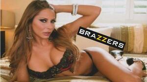 brazers-mobilnaya-versiya-porno-smotret-otsos-ot-blondinki-s-pirsingom-russkoe