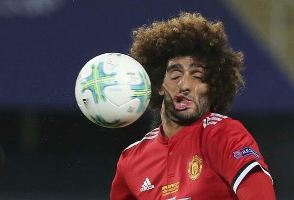 Ето как футболист на Манчестър Юнайтед се превърна в интернет мийм