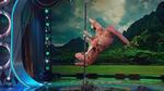 Видео на деня: танц на пилон в изпъление на тиранозавър рекс!