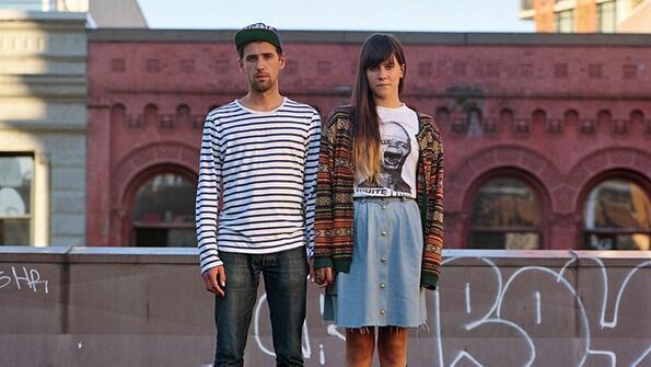 В чужди дрехи: какво се случва, когато двойките разменят дрехите си!
