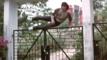 Джеки Чан против заграждения в 60 секунди!