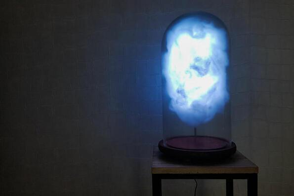 Създадоха облачна лампа, която реагира на туитовете на Тръмп