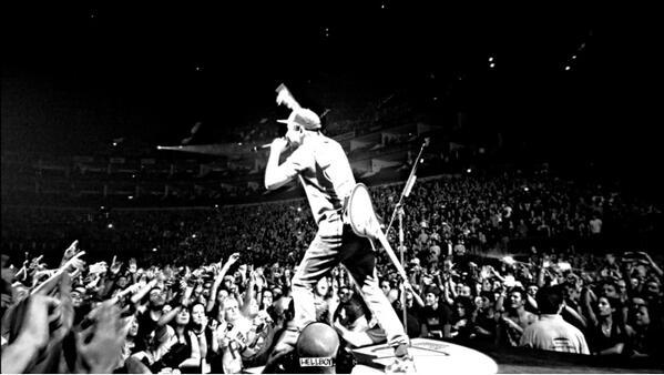 Наградиха Linkin Park на American Music Awards, а после ги изгониха от залата!
