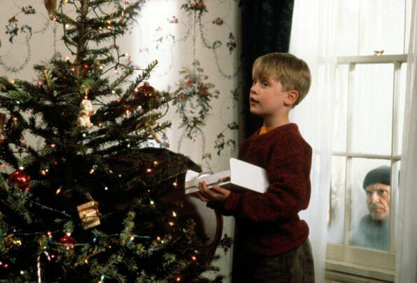 Коледни филми, които сме гледали стотици пъти, но никога няма да ни омръзнат