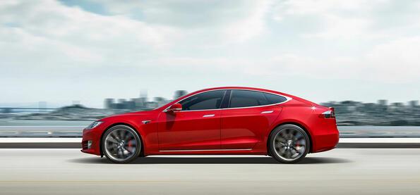 Ново брутално поражение: почти всяка произведена Tesla има дефект
