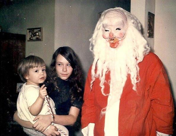 <p>За тези семейства коледните празници не са били особено светли...</p>