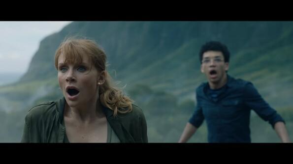 """Истински 15-секунден ужас в първият тийзър на """"Джурасик свят 2"""""""