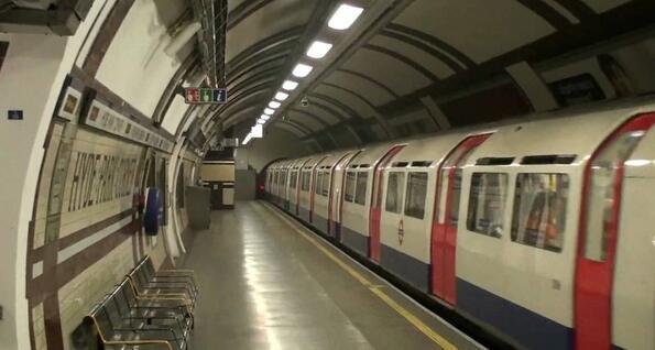 Как се е строило метрото в Лондон: видео екскурзия в миналото!