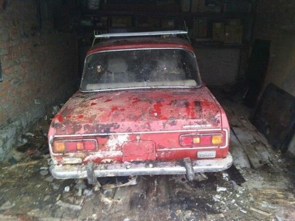 Ето как изглежда изоставен Москвич, прекарал 25 години в гаража