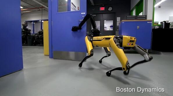 """Роботът """"куче"""" на Boston Dynamics вече отваря врати и става все по-плашещ!"""