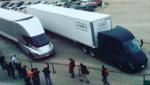Камионът на Tesla с първа доставка!