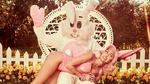 Майли Сайръс и странна провокационна фотосесия по случай Великден!