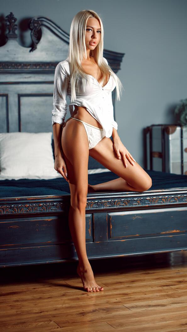 Момиче на деня: Анастасия Щеголева