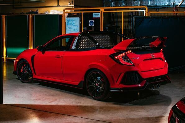 Project P. В: пикап на Honda, който развива невероятните 270 км/ч