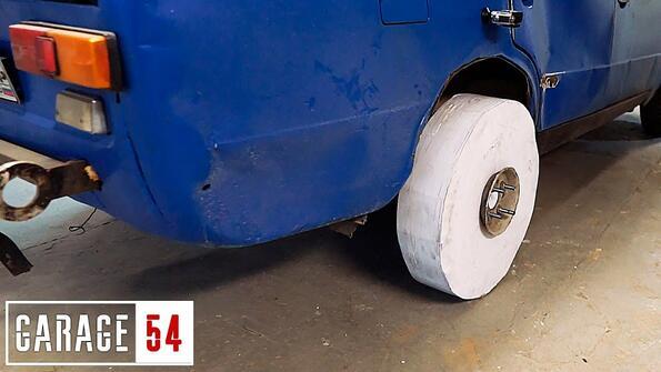 Може ли да се направи автомобилна гума от хартия?