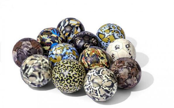 Луксозни футболни топки, дело на Роберто Кавали