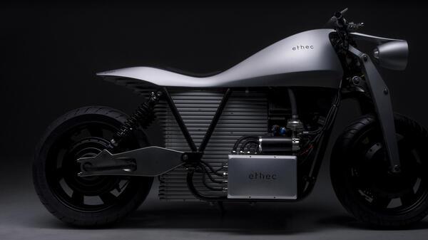 Електрическият мотоциклет на Ethec