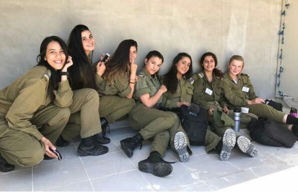 Красотата на израелската армия