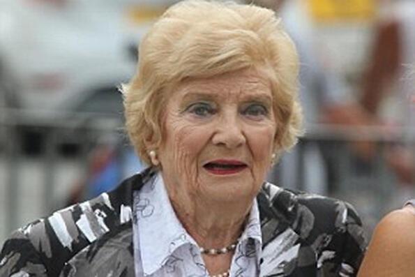 Бабка хулиганка: нов рекорд за шофиране с алкохол във Великобритания!