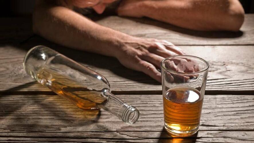 Ако пиете повече от 448 алкохолни напитки годишно...