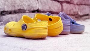 Cross спира производството на най-противоречивите обувки!