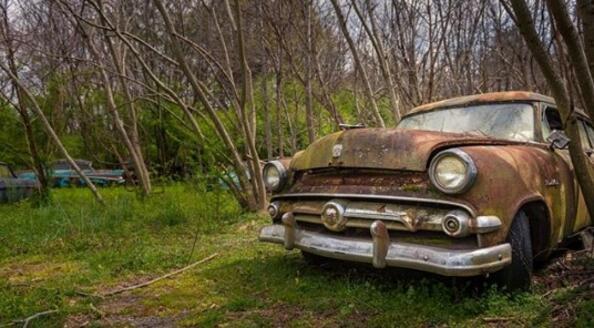 Old Car City: виж най-старото гробище за автомобили!