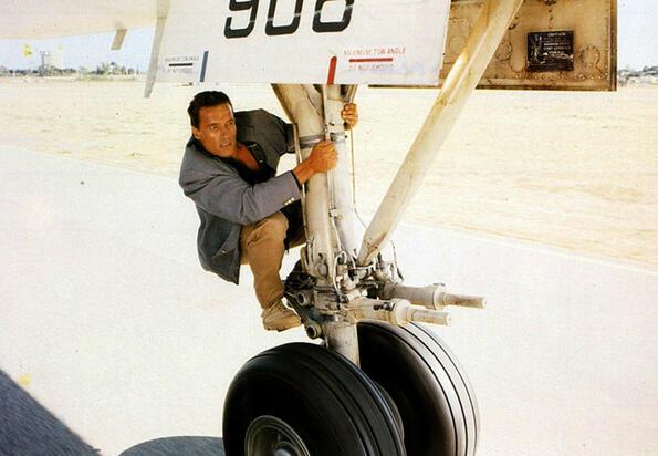 Имат ли самолетите летни и зимни гуми?