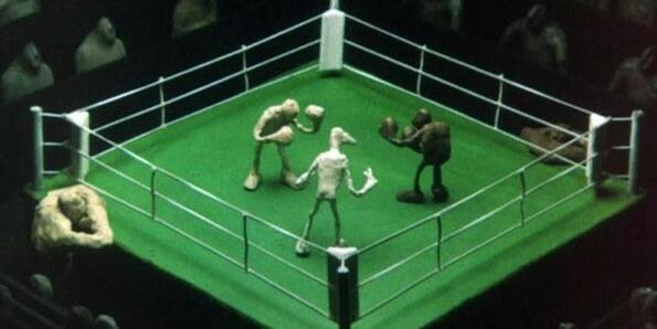 """Защо боксовият ринг е квадратен, ако думата """"ring"""" означава кръг?"""