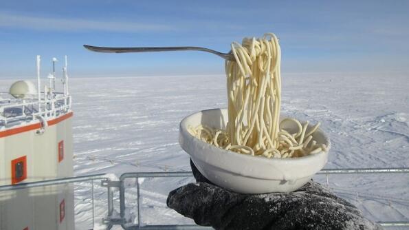 5 снимки как изглежда храната в Антарктида на -70 градуса