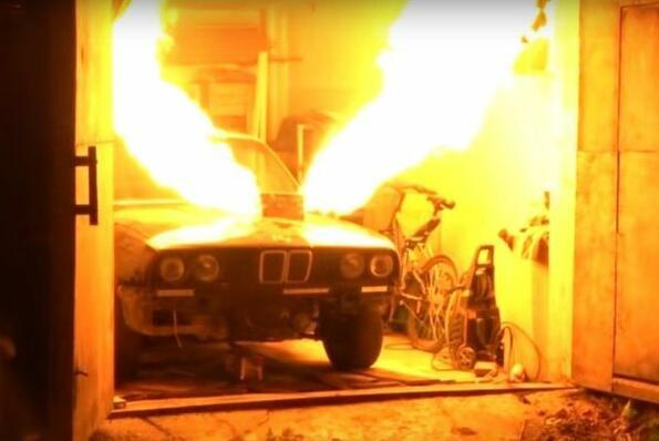 Виж едно BMW с двигател от изтребител!