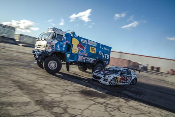 КамАЗ в дрифт съзтезание с Mazda RX-8
