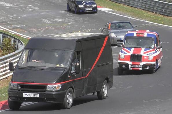"""Най-страните автомобили на """"Нюрбургринг"""" в едно видео"""