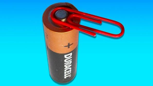 21 супер яки лайфхака с батерия