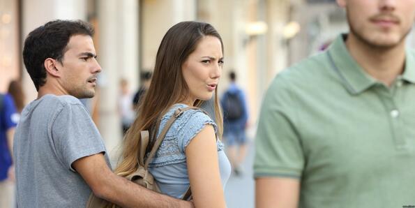 Жени обсъждат какво харесват в облеклото на мъжете