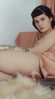 9 много секси и много арт снимки на Габриела Франс