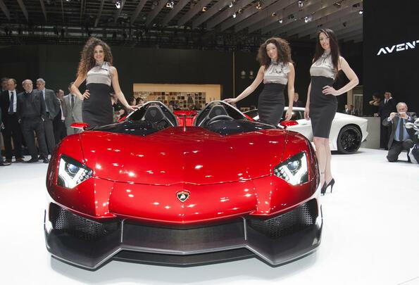 Lamborghini Aventador J - прототип за 2.1 милиона долара